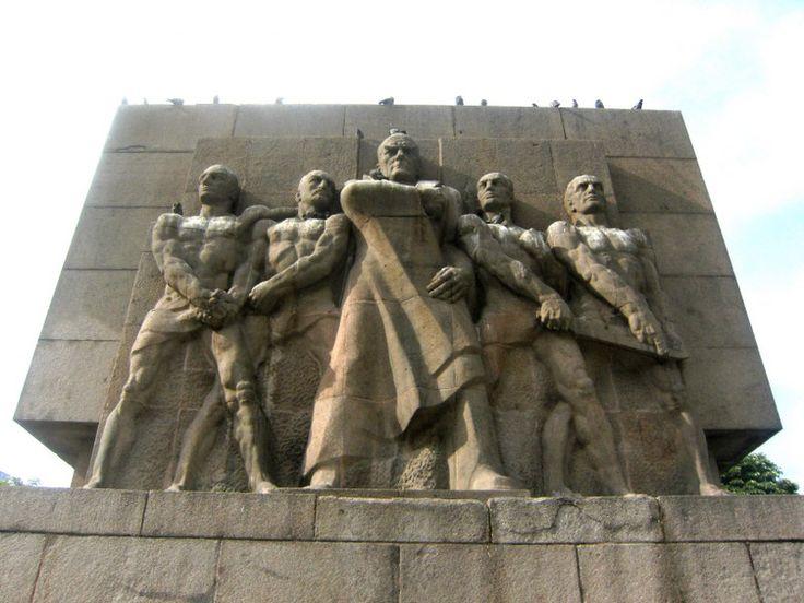 ankara güvenpark taki heykeller