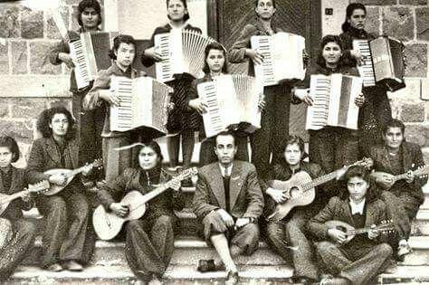 Kızılçullu Köy Enstitüsü öğrencileri. İzmir / 1940