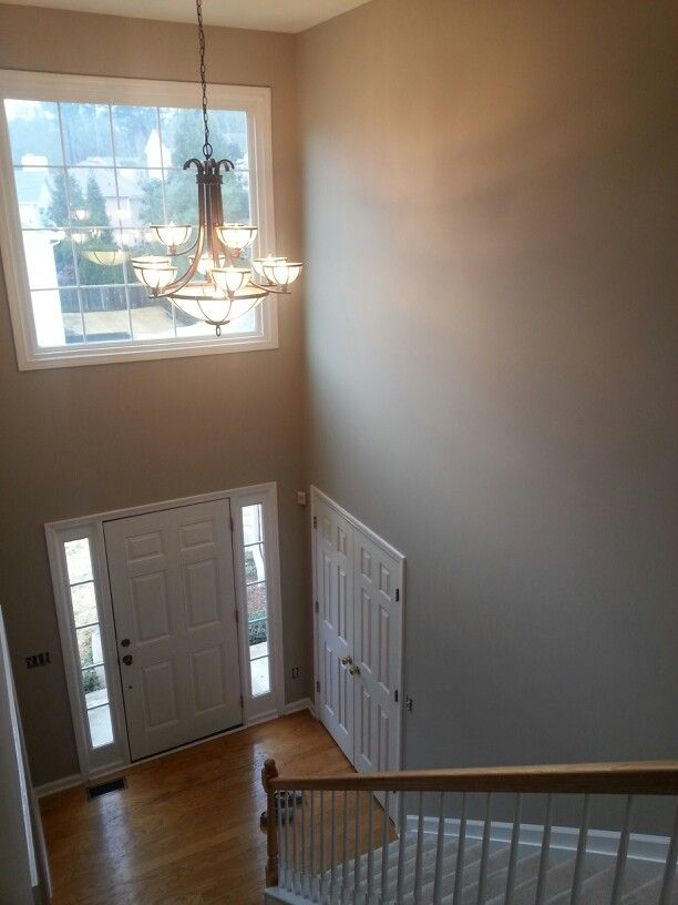 Sherwin Williams Quot Versatile Gray Quot Sw 6072 Perfect Combination Of Taupe And Gray Love It Gray Painted Walls Paint Colors For Home Warm Gray