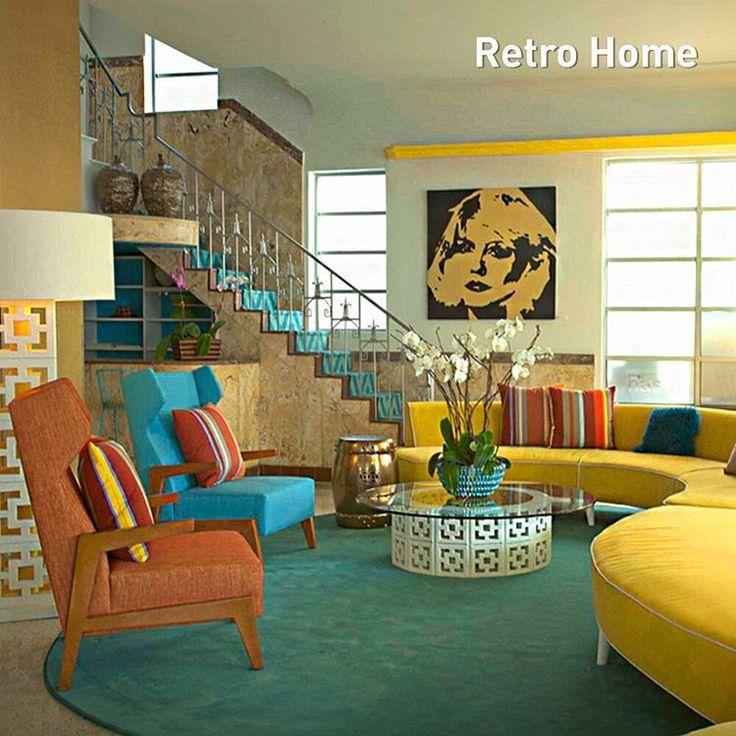 Retro tarzı dekorasyon genel olarak 50'ler, 60'lar ve 70'lerden izleri taşır. Retro dekorasyon tüm evi nostaljik eşyalarla dekore etmek anlamına gelmez. Bu yaklaşım, ele aldığı dönemin popüler ikonlarını, renklerini, desenleri modern öğelerle harmanlayarak yaşam alanlarına canlı, neşeli bir his getirmek üzerine şekillenmektedir. Siz de evinize bu akımda yaygın olarak kullanılan dekorasyon öğeleriyle Retro tarzın eğlenceli ve renkli havasını evinize taşıyabilirsiniz. #retro #dekorasyon…