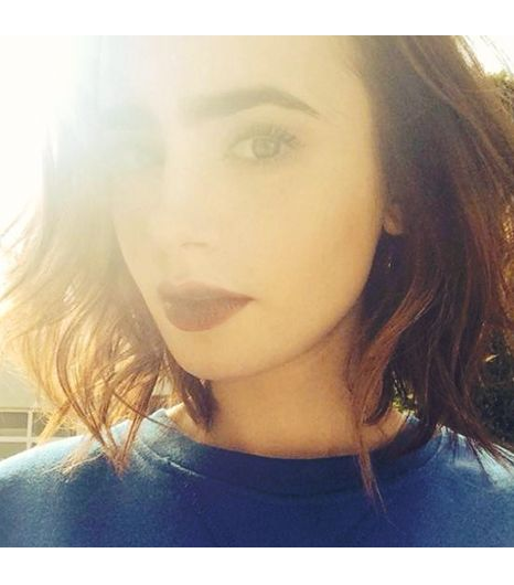 @Who What Wear - Lily Collins Sometimes it's all about the flare and stare... FOLLOW: @Lily Collins