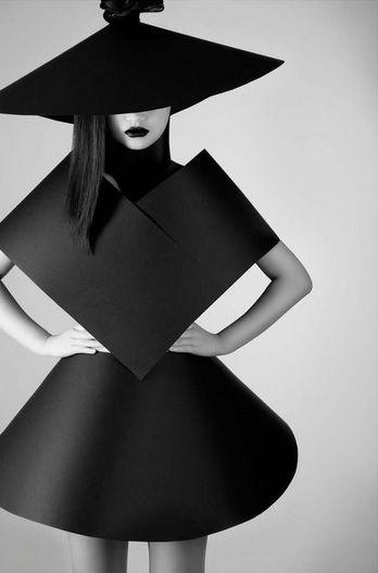 #QiuHao #KIRKORIGINALS #Monday#coffee #fashion #fashionblogger #fashionmagazine…