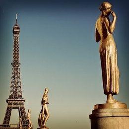 Ταξίδι στο Παρίσι την 28η Οκτωβρίου | MidEast International Tours