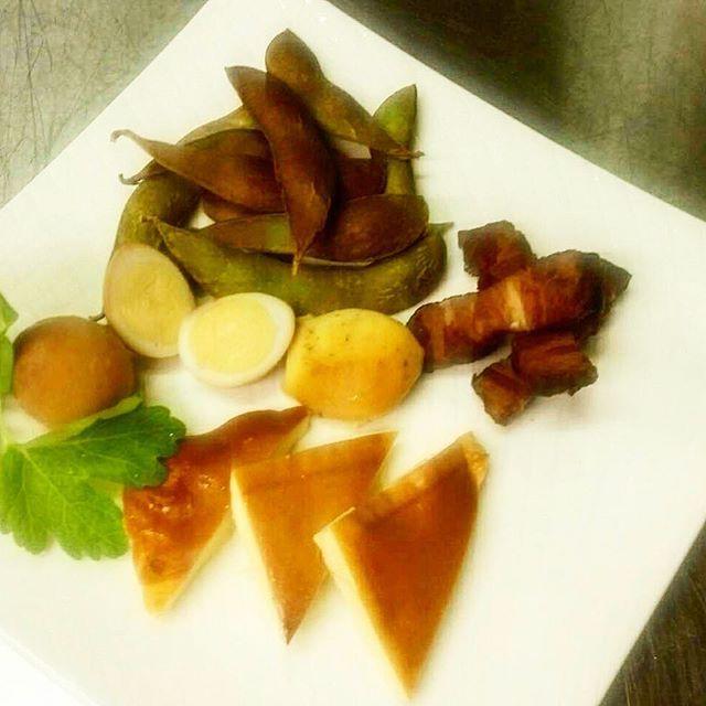 今日もみんな大好きスモーク ご用意してます(*´罒`*)♥ 枝豆スモークがタマランっっ👍  #ローズミートファクトリー  #ローズミート  #肉 #肉バル
