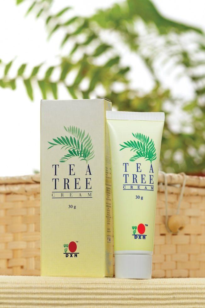 DXN Tea Tree Cream - Teafaolajos krém pattanások és csípések kezelésére,   A Teafaolajos krém egy nyugtató krém, melyet tiszta teafaolajjal készítenek. A teafaolaj zsírban jól oldódik és gyorsan felszívódik a bőrön keresztül. A Teafaolajos krém megfelelő a bőr higiénikus tisztítására és védelmére. Helyileg a csípés okozta viszketés, enyhe bőrpír csillapítására is használható. http://ajovoutjai.dxn.hu/termekek/dxn-tea-tree-cream