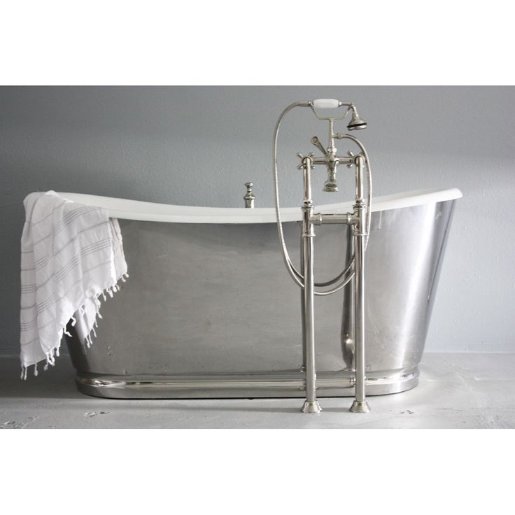 1000 images about free standing bathtubs on pinterest for Waterworks copper tub
