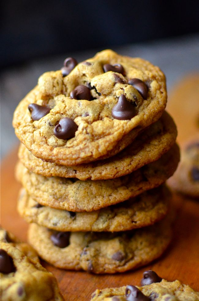 These pumpkin chocolate chip cookies are super chewy, not cakey! They're quick and easy too!