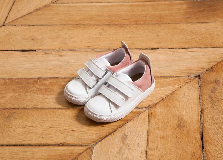 Witte sneakers met pastel roze achterzijde - M. Moustache
