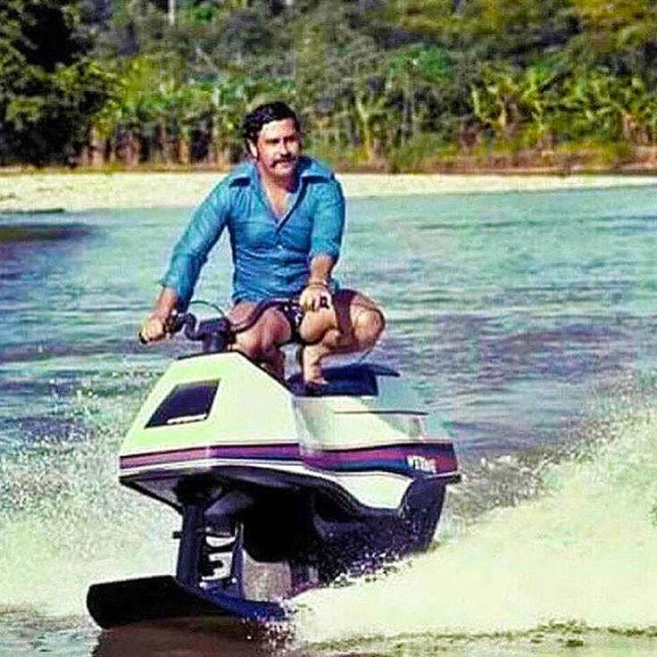 Pablo Escobar on his jet ski 1980s http://ift.tt/2x4EF0q