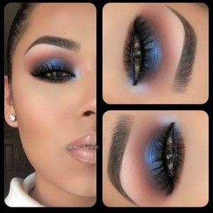 Blue smokey eye makeup