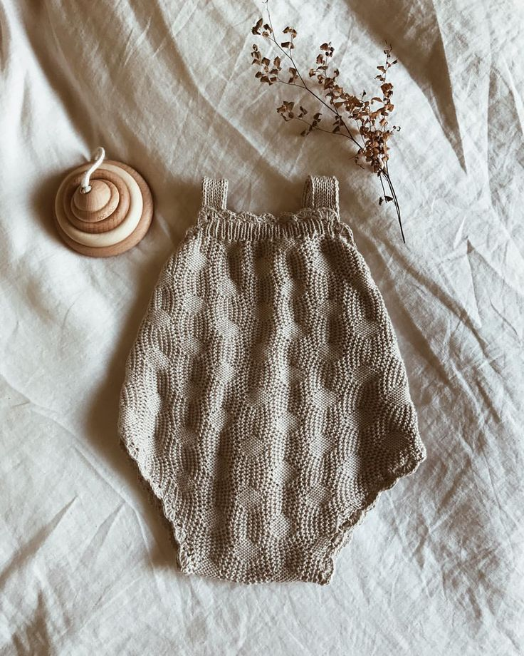 "263 Likes, 41 Comments - Hank Knitwear (@hank_knitwear) on Instagram: ""Little scalloped ""Sandy"" romper heading to a new home ♡ . . . . . . . . . . #hankknitwear #handmade…"""
