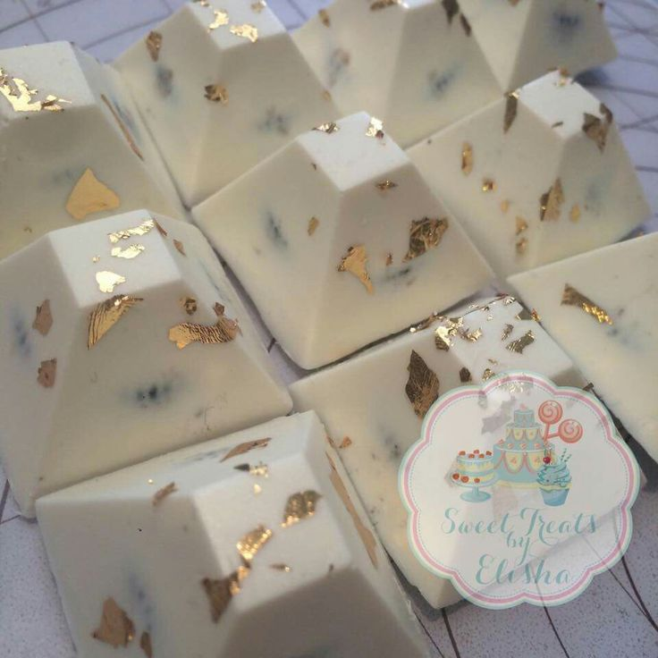 Sweet Treats by Elisha:  Chocolate covered Oreos with edible gold leaf.  Beautiful!