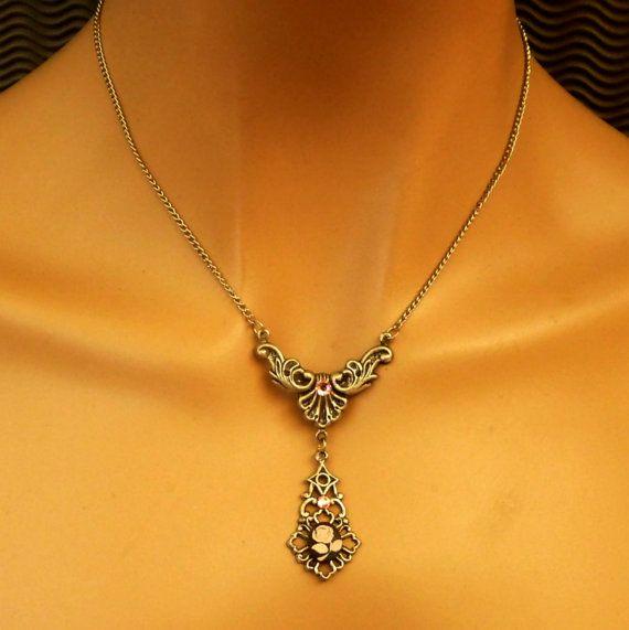Kamee Rose antik Halskette Tropfen Halskette von Schmucktruhe