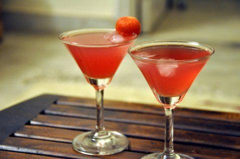 Cranberry Aardbeien Cocktail met Munt