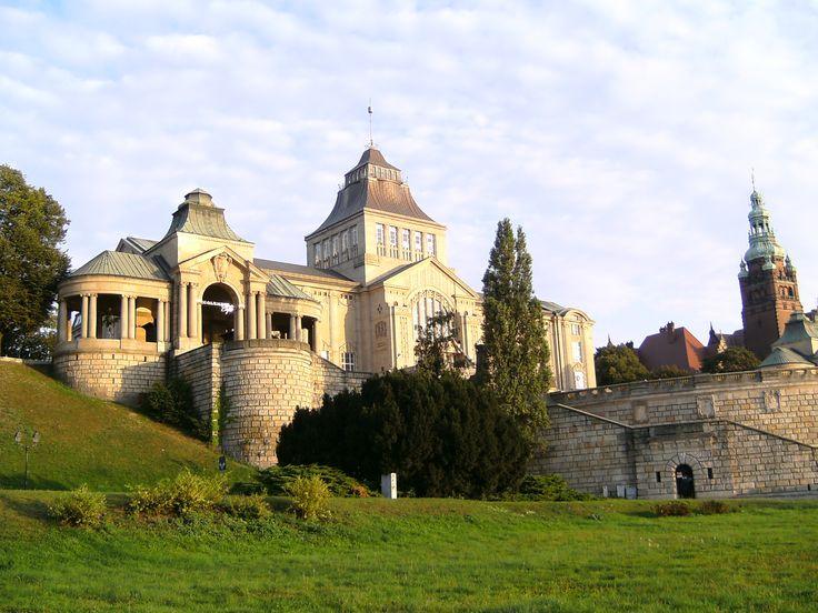 #szczecin - Muzeum Narodowe. 100 km wybrzeżem Bałtyku - http://www.turisticus.pl/100-km-wybrzezem-baltyku-relacja/