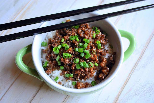 Sweet Caroline's Corner: Rice & Korean Beef Bowls (Tigelas com Arroz & Carne Estilo Coreana)