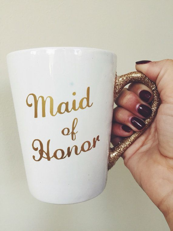This is the perfect mug for your maid of honor! Great to give her something to make her feel special and add a little extra glitter and glam