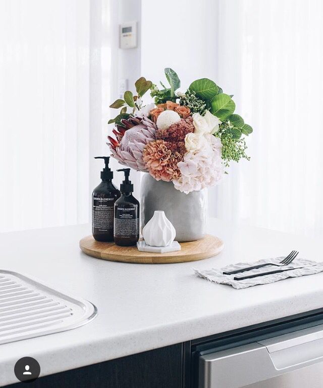 Staging Kitchen Counters: 25+ Best Ideas About Bathroom Staging On Pinterest