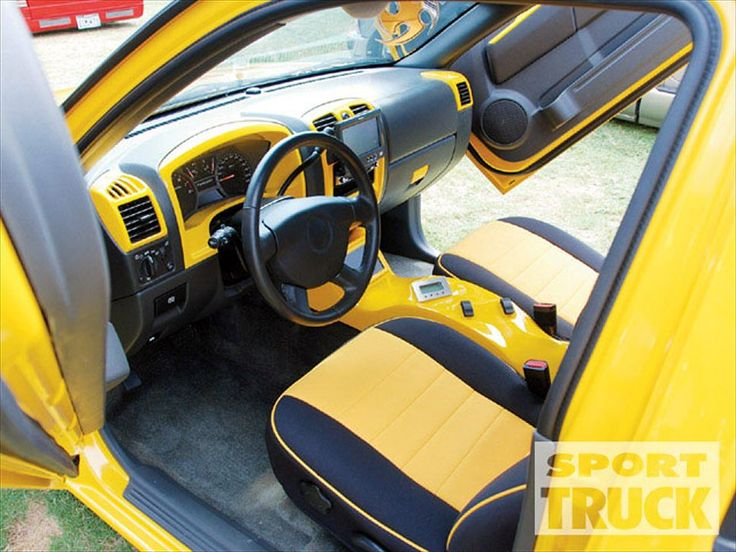 Custom Truck Interiors 2006 Chevy Colorado Interior