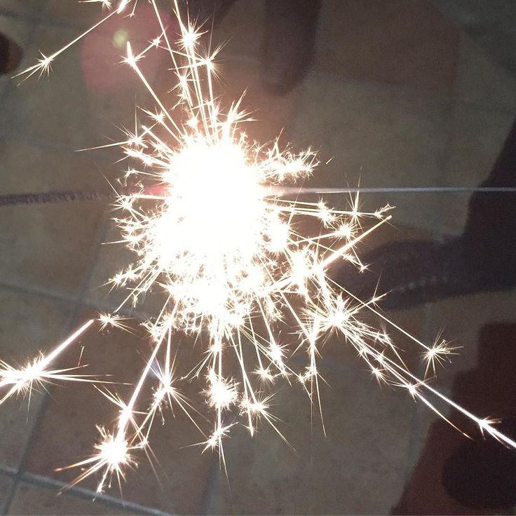 """...ricominciare da meno di zero..."" #fireworks #0 #firework #happynewyear #fireworks2015 #newyear #nye #love #night #happy #silvester #party #nye2015 #newyear2016 #feuerwerk #sydneynewyear #sydneyharbourbridge #sydneyharbour #sydney #newyearseve #newyears #lunapark #friends #vscocam #vsco #view #happynewyear2016 #italy #fun #celebration by 07modaiolo08 http://ift.tt/1NRMbNv"