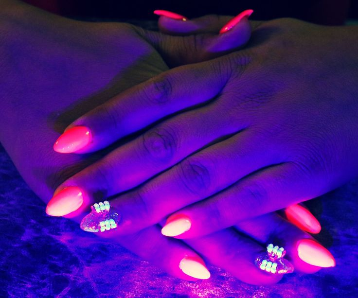 32 best nail art from quality nails by studio n9 images on qualitynailsbystudion9 glowinthedarknails austin prinsesfo Gallery