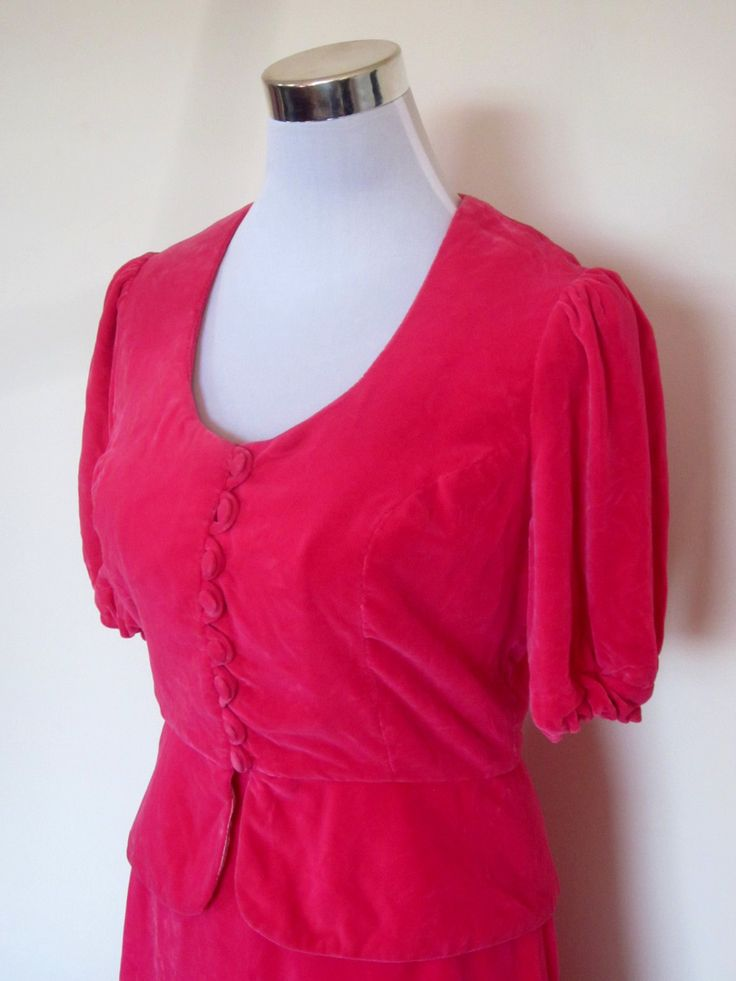 VINTAGE authentic 60s/70s retro festival hot pink velvet top skirt set (equiv sz us 8, uk au nz 12, eu 40) by shopblackheart on Etsy