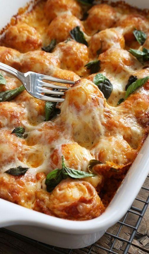 gluten free pizza bake casserole, a great weeknight dinner