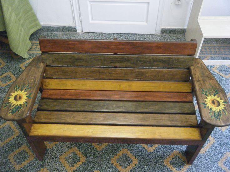 Χειροποίητο ξύλινο παγκάκι