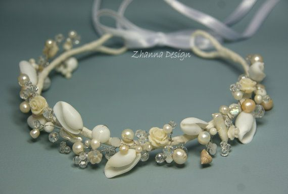 White Beach Bridal Tiara,Wedding SeaShell Headpiece,Pearls Beach Crown,Beach Wedding Accessories,Mermaid Hair handmade by Cyshell