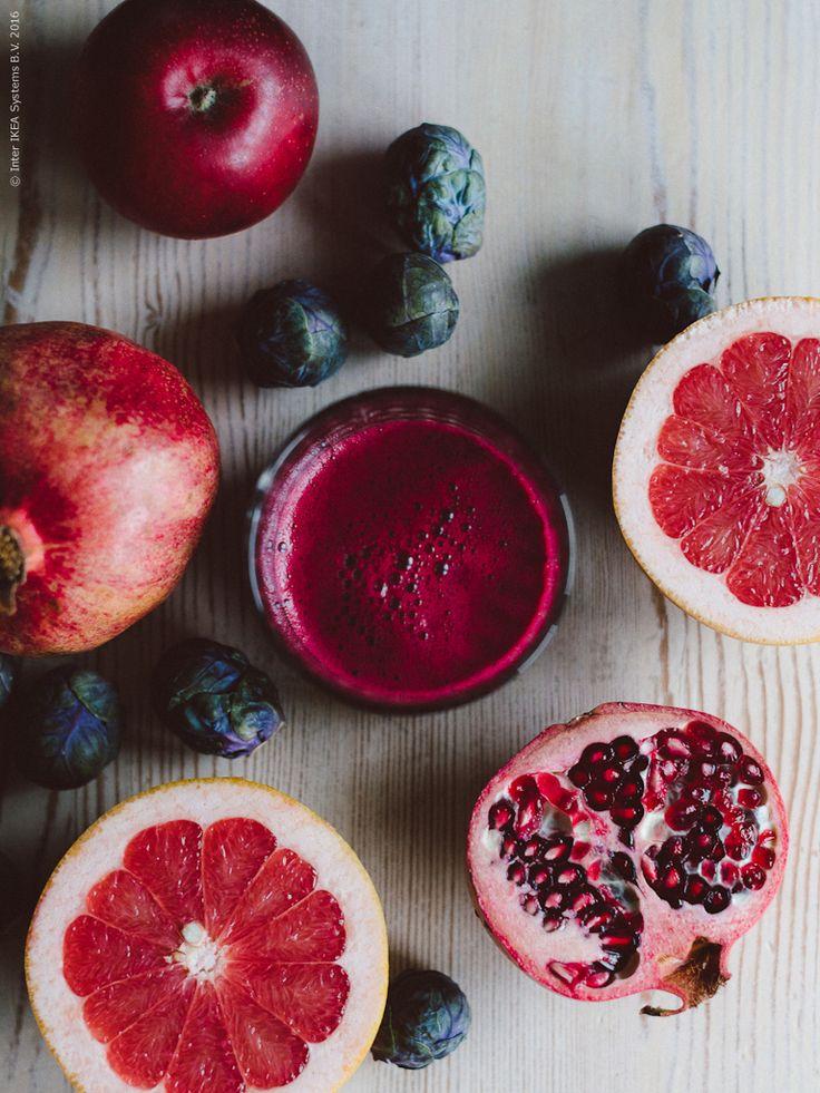 Lila juice: Rödbetor, grapefrukt och granatäpple. Klicka på bilden för recept!