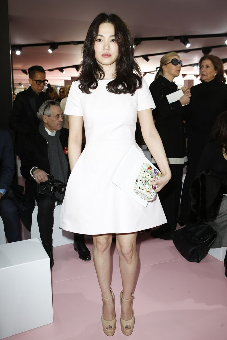 Christian Dior Fall 2015 Front Row - Korean Actress Song Hye-kyo #宋慧喬 #송혜교