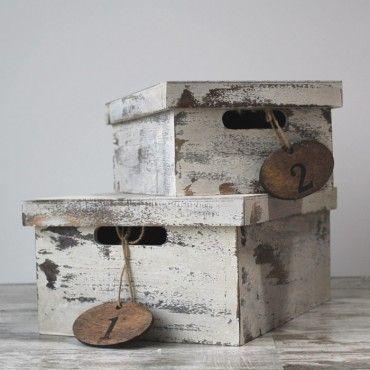 Caja de zapatos de madera rustica ya en UBOshop por 18,50€ http://www.unabodaoriginal.es/es/caja-de-zapatos-de-madera-rustica.html