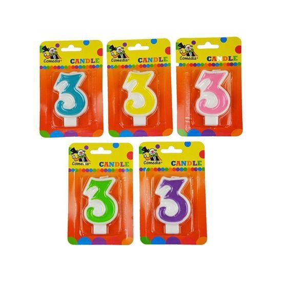 Cijferkaars 3 jaar. Kaars in de vorm van het getal 3. Formaat ongeveer 8 cm hoog en 4,5 cm breed.