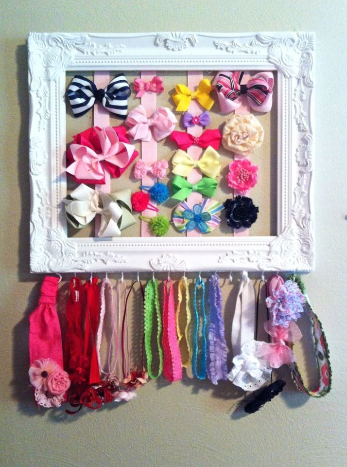Hair bow and headband hanger.