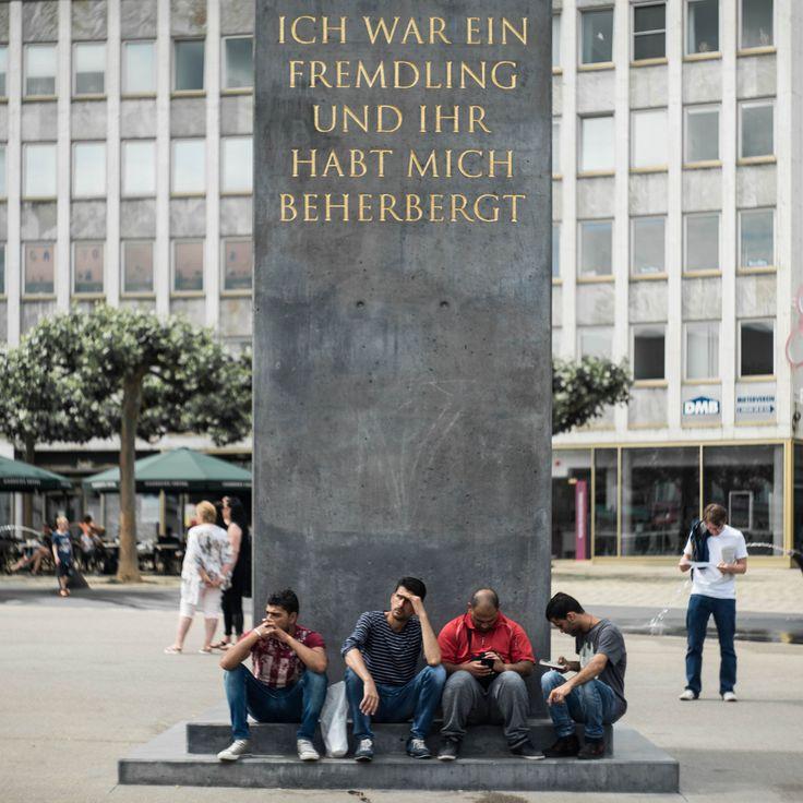 18/100 (D14) documenta: Obelisk am Königsplatz