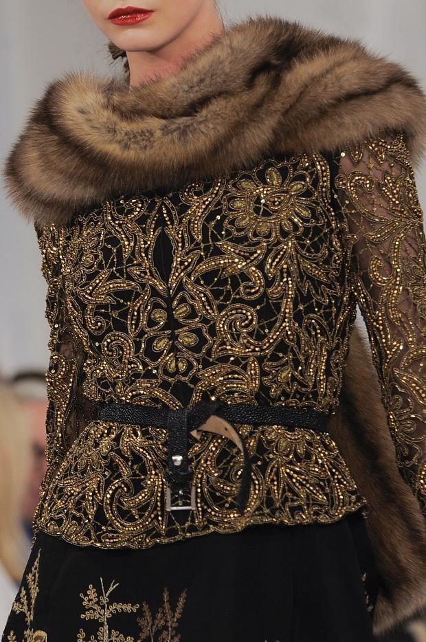 Oscar de la Renta chaqueta brocada cuello vison