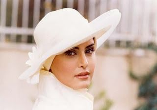 S T Y L I S H . M: Hijab And Hat: Love It or Shove It?