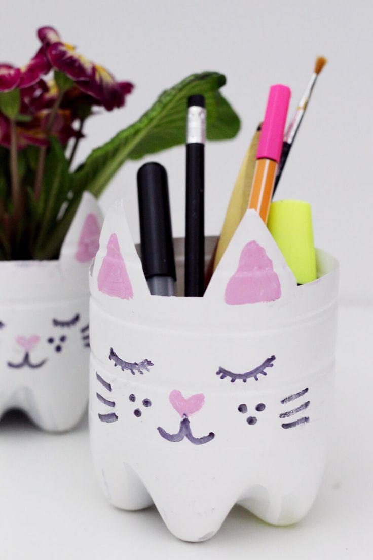 DIY Katzen Blumentopf und Stiftehalter aus alten Flaschen upcyceln + Video!
