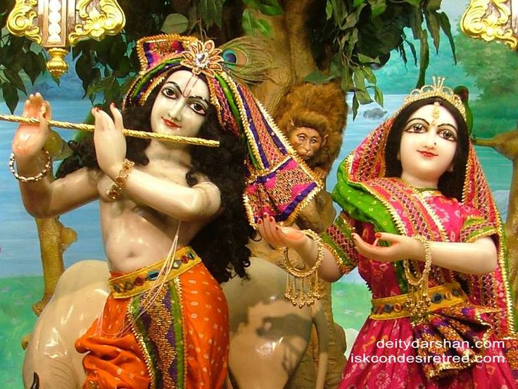 http://harekrishnawallpapers.com/sri-sri-radha-gopinath-close-up-wallpaper-027/