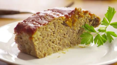 Meatloaf--1 1/2lb lean ground beef--1/2c crushed buttery round crackers--  3/4c shredded Cheddar cheese-1 1oz pk dry onion soup mix-2 eggs beaten-   1/4c ketchup-2T steak sauce--350F--Stir ground beef, crushed crackers, Cheddar cheese, onion soup mix in lrg bowl til combined. Whisk eggs, ketchup, steak sauce in separate bowl til smooth. Mix eggs in meat, if seems too dry, add little water. Press in 9x5 loaf pan--Bake til reaches 160F, no longer pink in center (45-60 min.