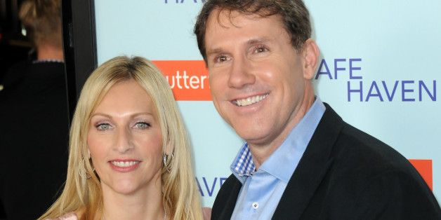 Nicholas Sparks and wife split up...