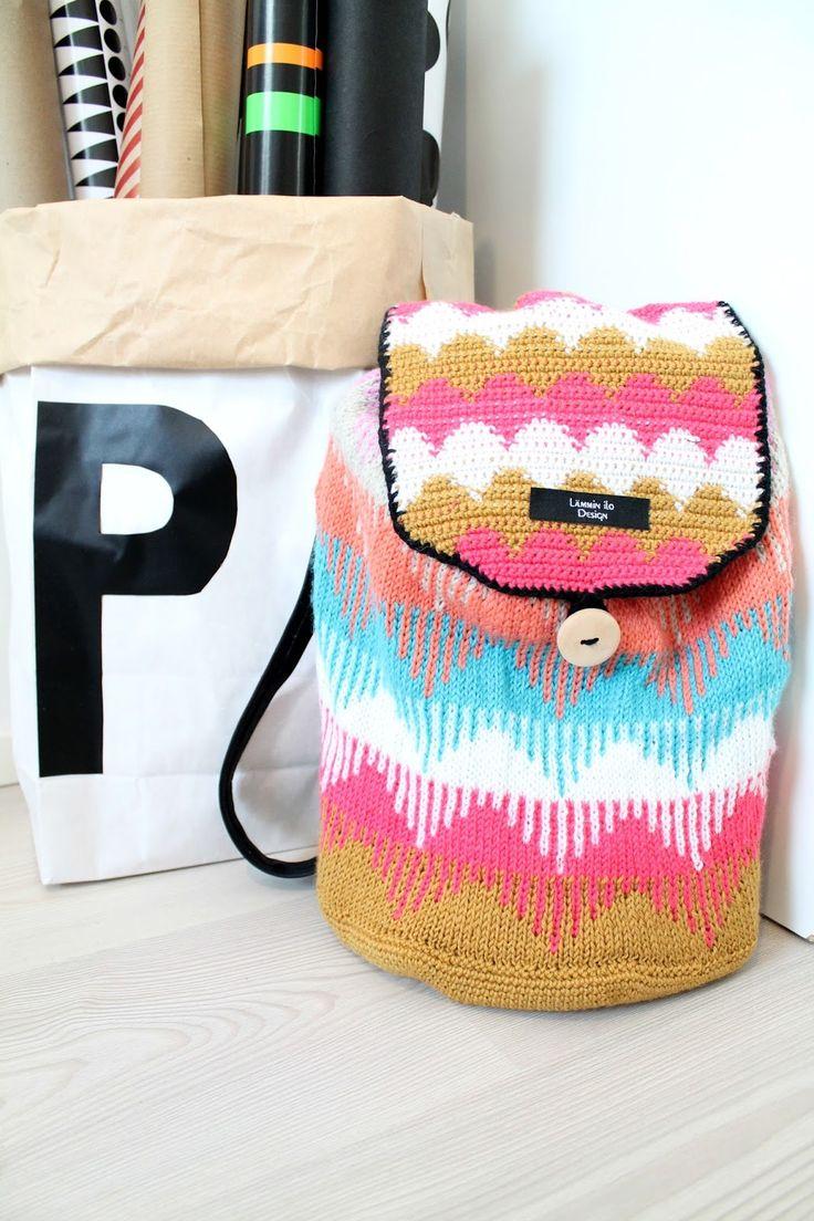 Knitted&crocheted rucksack LÄMMIN ILO