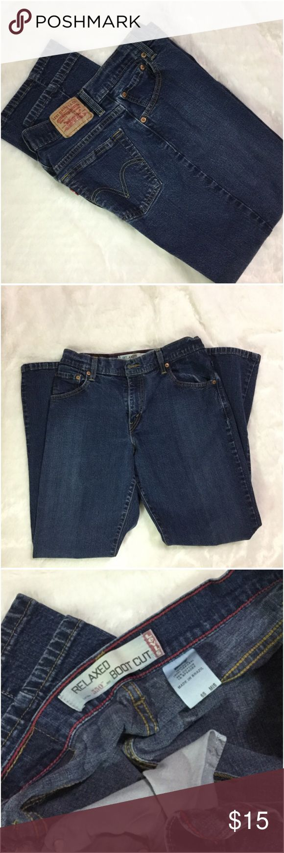 Levi's 550 relaxed boot cut jeans 29.5 inch inseam. 30 inch waist. Some fading but lots of life left. Boot cut jeans are always flattering! Levi's Jeans Boot Cut