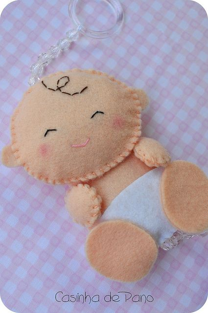 Bebê by Casinha de Pano, via Flickr—so, so cute!