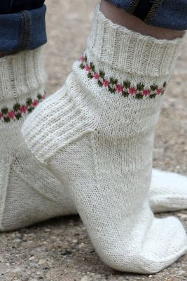 Pansy Path Socks: made with roughly 300 yards of sock weight yarn and size US 1 & 2 needles