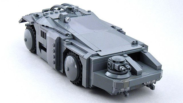 Lego Colonial Marine APC from Aliens by Larry Lars, via Flickr