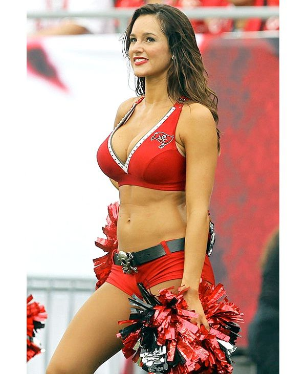 Tampa Bay Buccaneers Cheerleaders-Hottest Cheerleader Squads