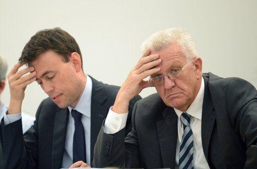 """MP Kretschmann angry to Dr. Nils Schmid+Kretschmann is right..he is more honest than Dr Schmid...Dr Schmid just wanted to win election 2016, so, lied by saying no need of new """"Verschuldung""""... http://www.stuttgarter-zeitung.de/inhalt.streit-um-nullverschuldung-kretschmann-ist-sauer-auf-nils-schmid.a54f1ab5-cb8b-433b-b81f-a19f7b8e5376.html"""