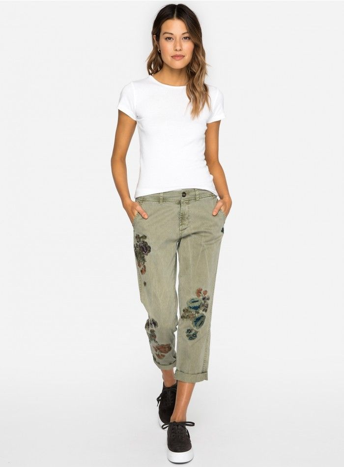 Description  Here s a pair of casual trousers that have been given our  signature twist. Crafted from a sturdy, yet soft, cotton twill, these have  the ... 39b7c6e401dd