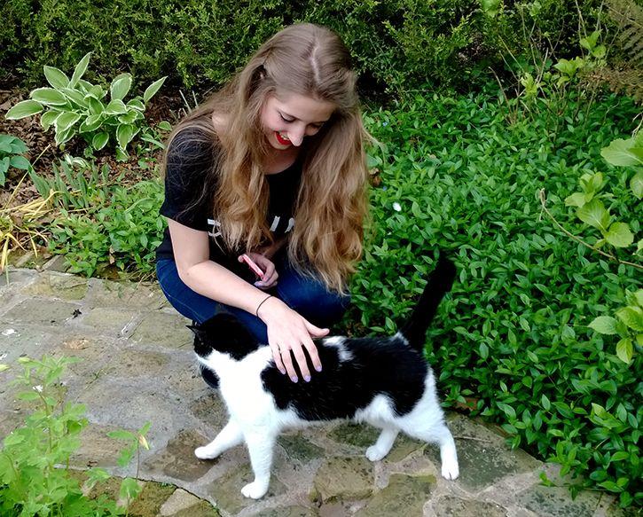 Celine SheLikes Chelsea Boots Cat